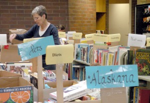 library book sale Web