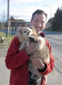 Rob Aldrich, director of community conservation with the Land Trust Alliance, with the KHLT honorary staff dog.